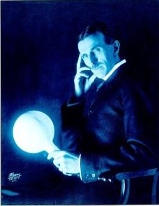 Nikola Tesla lit by wireless electrcity
